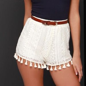 Super cute beautifully detailed LUSH tassel shorts